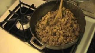 Junior Lee's Jamaican Cuisine: Jamaican Spicy Curry Chicken Patties