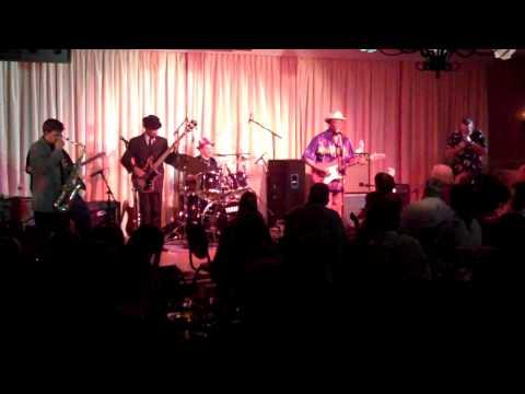 Luther ''Guitar Jr.'' Johnson & The Magic Rockers Live @ The Bull Run 9/30/11