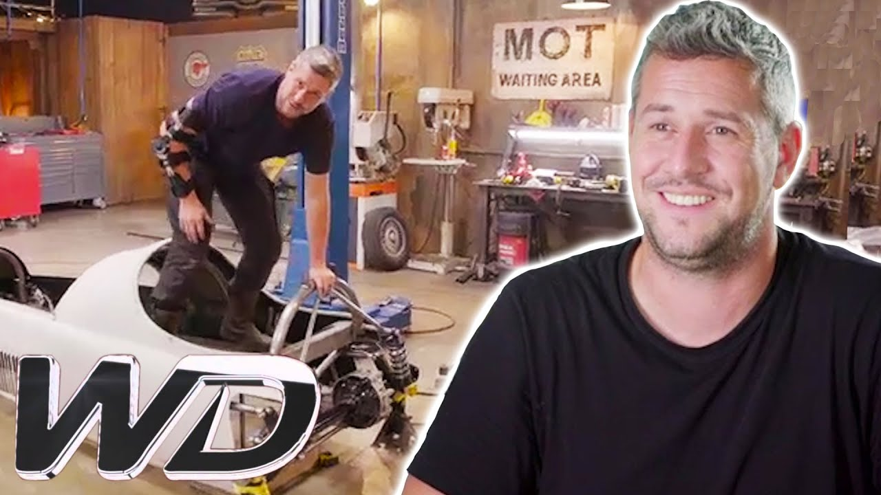 Ant And The Crew Make Sure There Are No Wobbly Parts | Ant Anstead Master Mechanic