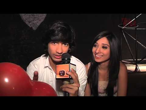 Vrushika and Shantanu Gift Segment - PART 08 from YouTube · Duration:  3 minutes 59 seconds