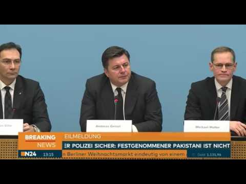 Terroranschlag Berlin - Pressekonferenz der Berliner Behörden