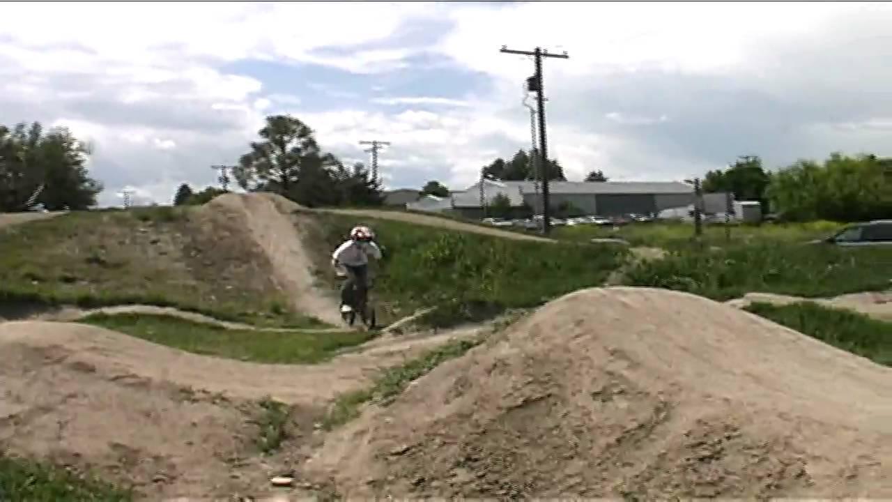 Bmx Dirt Jumps - YouTube