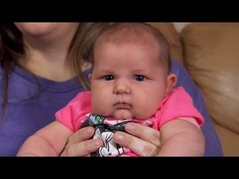 Thumbnail: Mom of 13-Pound Newborn: 'I Felt Like I Was Looking at a Toddler'