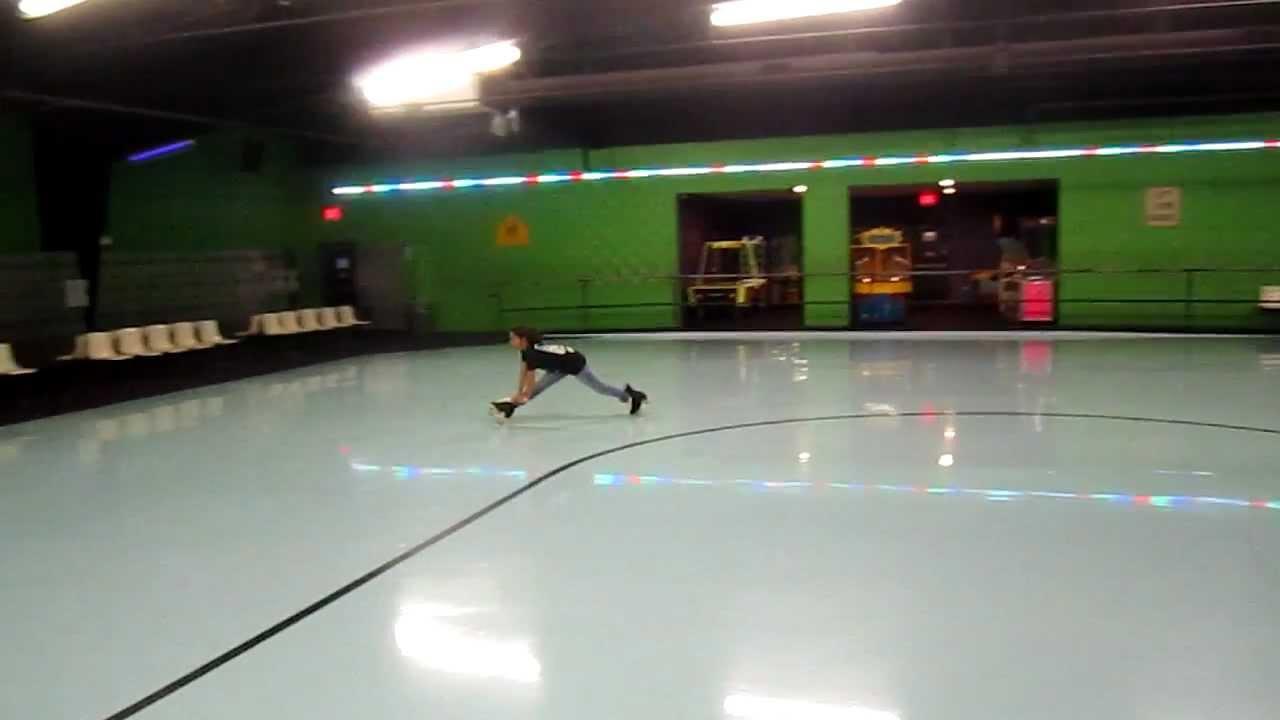 Roller skating rink quad cities - Quad City Cuttaz Jordan Doing Splits Around Skate City In East Moline Youtube