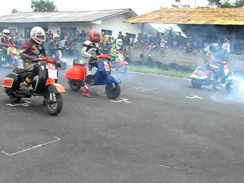 EVENT RESMI Eleven VESPA ROAD RACE TASIKMALAYA 2-3 APRIL Part1