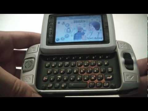 How To Hard Reset A Sidekick II Cell Phone