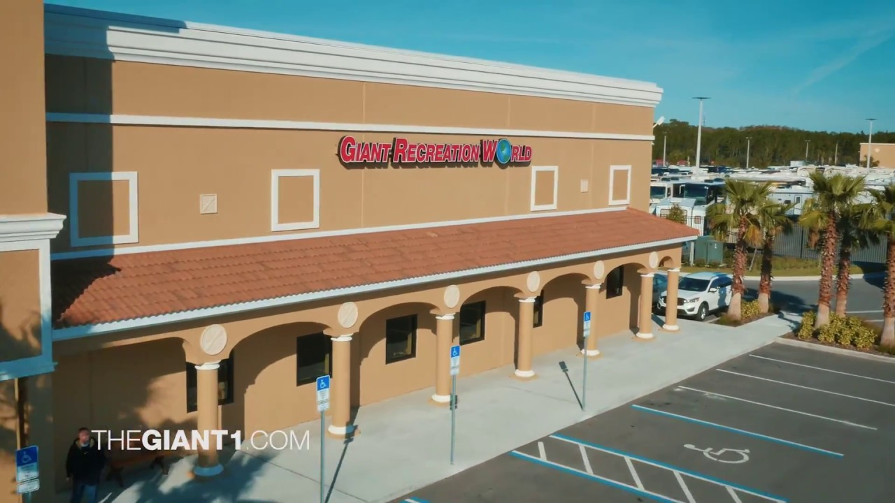 Giant Recreation World Rv Dealer Destination Daytona Youtube
