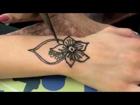 how to tattoo the hand with henna youtube. Black Bedroom Furniture Sets. Home Design Ideas