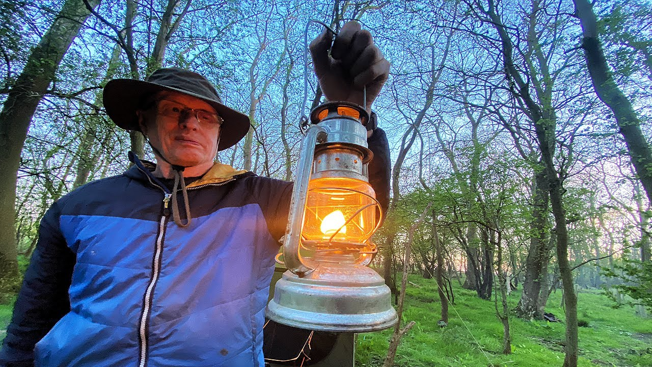 Download Wildcamp with Sandy (Wiltshire Man / Jacklore Knives)