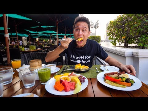 Bangkok 5 Star Luxury Hotels - MANDARIN ORIENTAL Full Suite Tour + 10 Fruits For Breakfast!