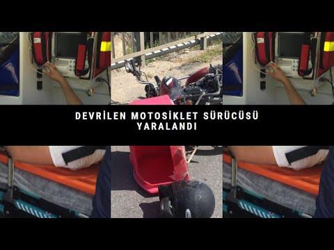 Devrilen motosiklet sürücüsü yaralandı