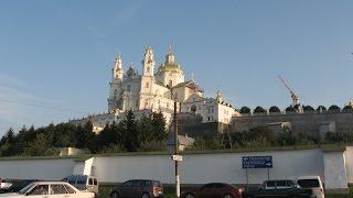 По Украине Почаевская Лавра(Почаевская лавра – великая православная святыня. Красота архитектуры, величие духа человека – это тоже..., 2015-09-07T17:25:01.000Z)