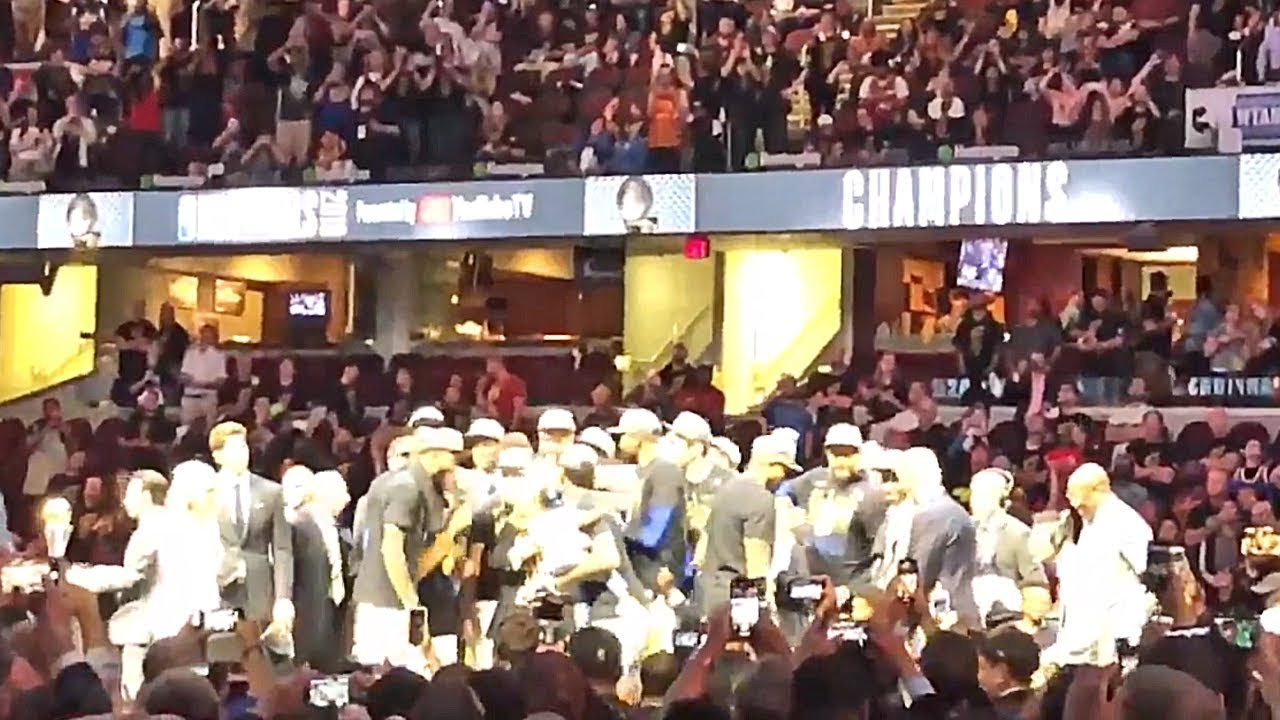 cavaliers-fans-boo-warriors-players-as-they-receive-championship-trophy-in-cleveland