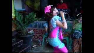 Sangkuriang HOT Turu neng Dadane - Sofira
