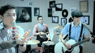 Starlets - Malaikatku (Official Video)