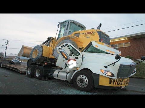 Bad Day!!! Extreme Idiots Dangerous Working Skills - Heavy Equipment Excavator Fail Compilation