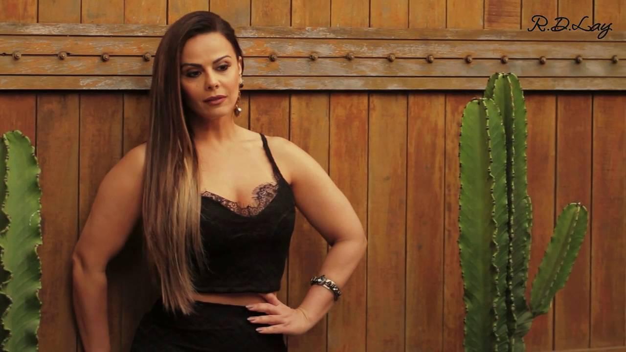 Viviane Araujo Making Off