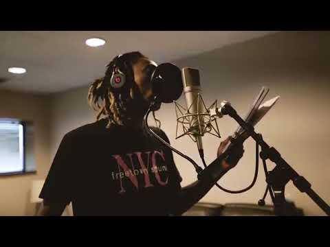 Wiz Khalifa - DayToday At Its Highest