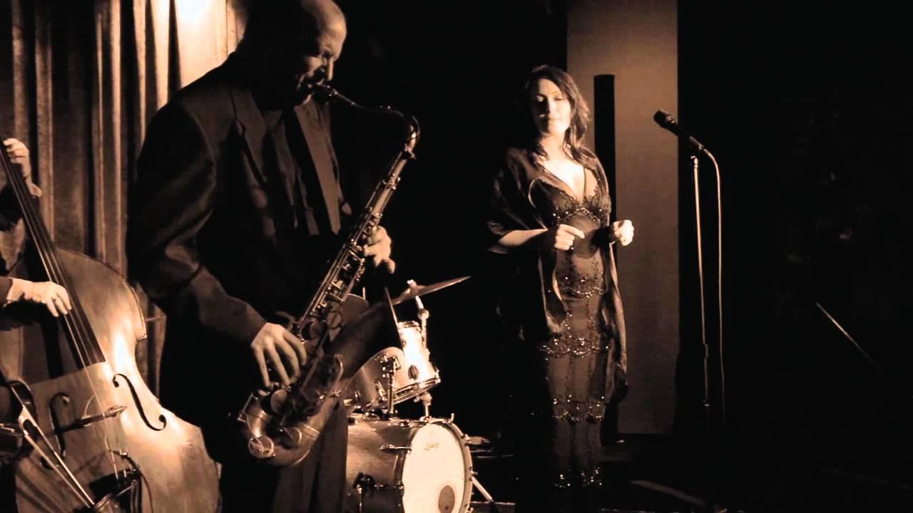 Billie Holiday Song Lyrics | MetroLyrics