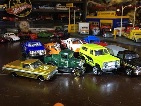 Mail Call & Cracking Open DLM - Hot Wheels Ford Trucks Set