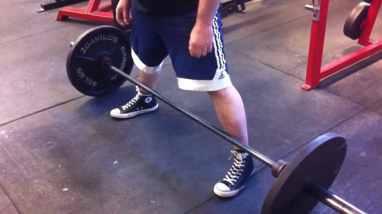 8cf99f1dcb38 Sumo deadlift... How wide should your feet be  - YouTube