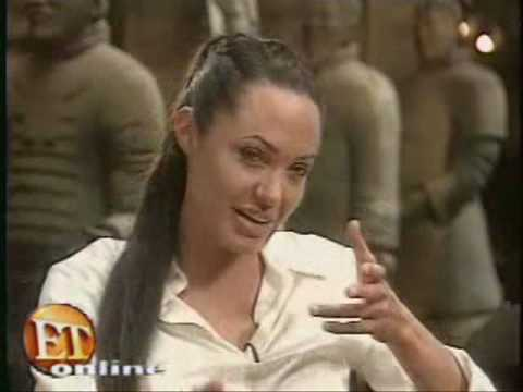 Lara Croft : Tomb Raider The Cradle of Life interview with Angelina