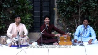Popular Kathak song by musicians from Kathak Kendra