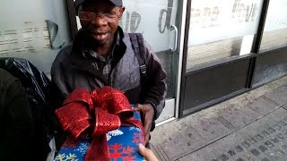 Repeat youtube video CHRISTMAS GIFTS FOR THE HOMELESS