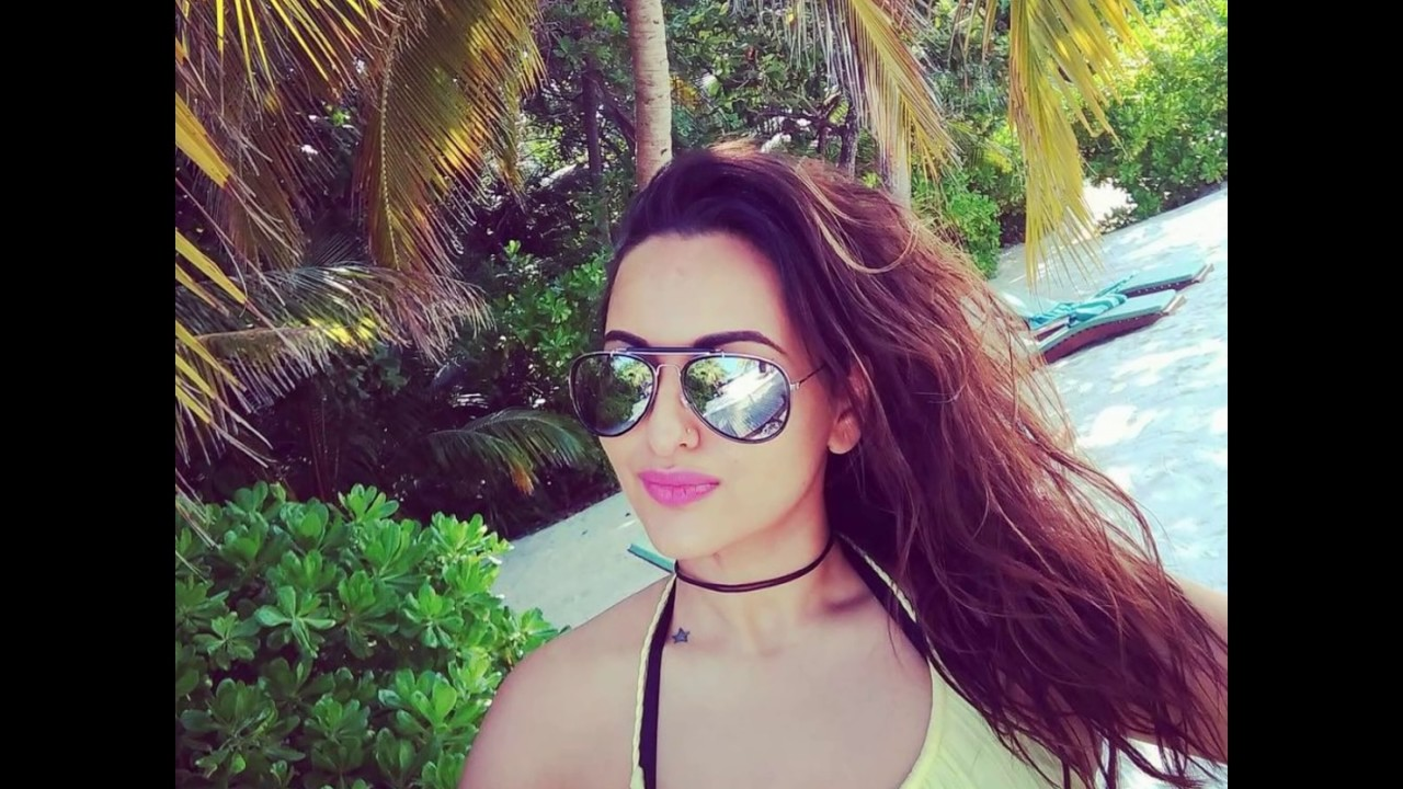 Sonakshi Sinha Sexy Video From Instagram