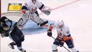 Кросби получил травму шайбой 29.03.2013(Sidney Crosby бывает ....Форварду клуба НХЛ «Питтсбург Пингвинз» Сидни Кросби была успешно проведена операция..., 2013-04-01T11:27:17.000Z)