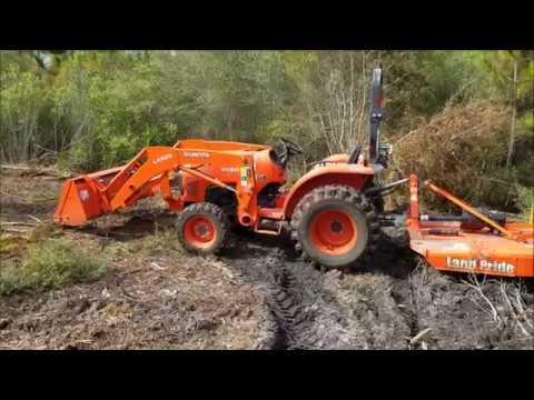 Kubota L2501 Heavy Brushcutting
