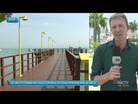 Lei multa donos de casa com mais de duas pessoas por quarto em Governador Celso Ramos