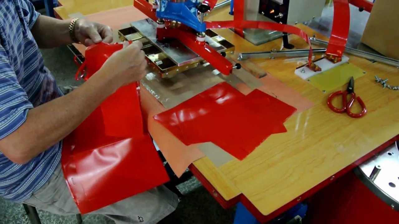 Pvc Plastic Pouch Making Hf Welding Machine Youtube