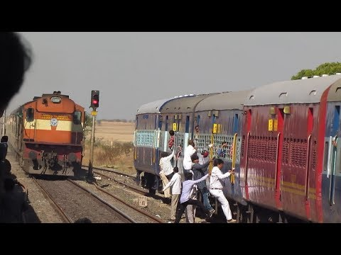 Thumbnail: Indian Railways Shatabdi Overtake and Crossing..