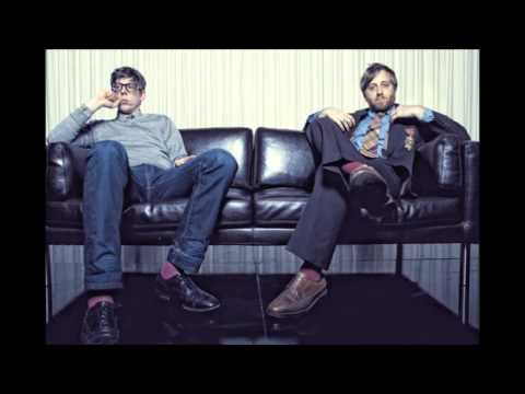 The Black Keys - Psychotic Girl (Lyrics)