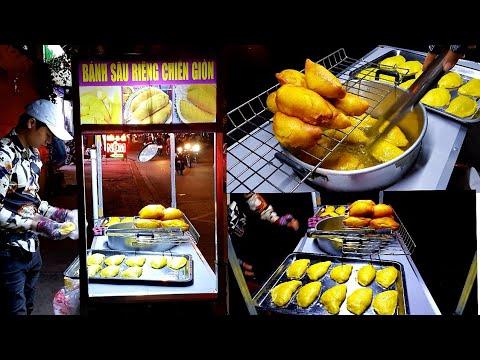Anh trai Hà Nội bán bánh sầu riêng chiên giòn 15k/cái 2 người ăn không hết