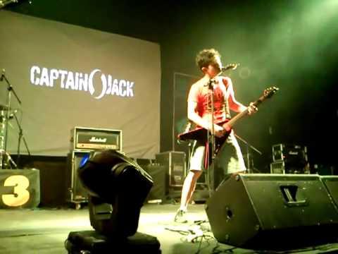 Captain jack - membatu
