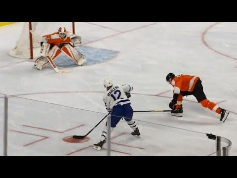 Maple Leafs' Marleau squeaks one past Flyers' Elliott for 1100th career point