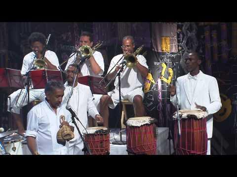 Letieres Leite & Orkestra Rumpilezz | Adupéfafá (Letieres Leite) | Instrumental Sesc Brasil