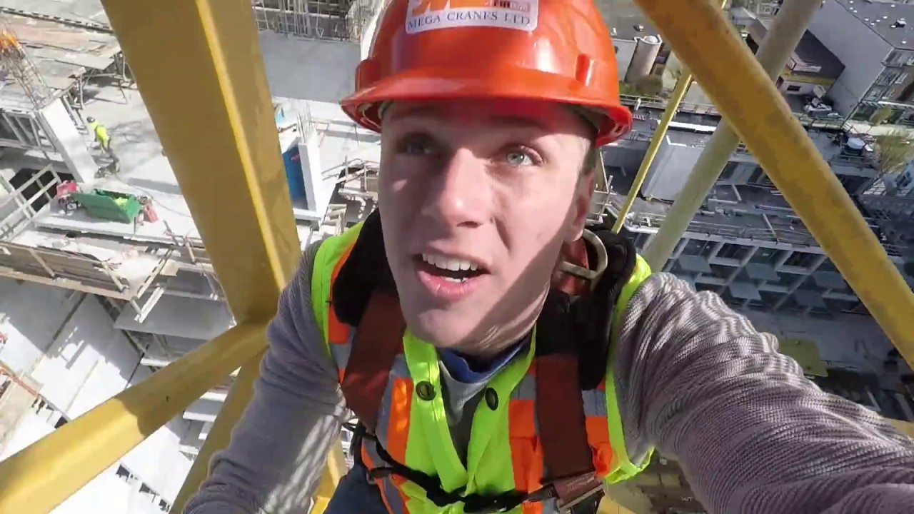 WORKING AS A CONSTRUCTION CRANE OPERATOR - YouTube
