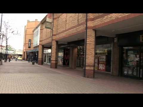 Birkenhead shops hit by recession