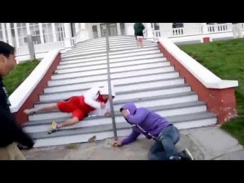 5 Reasons Why You Shouldn't Take The Stairs Fails