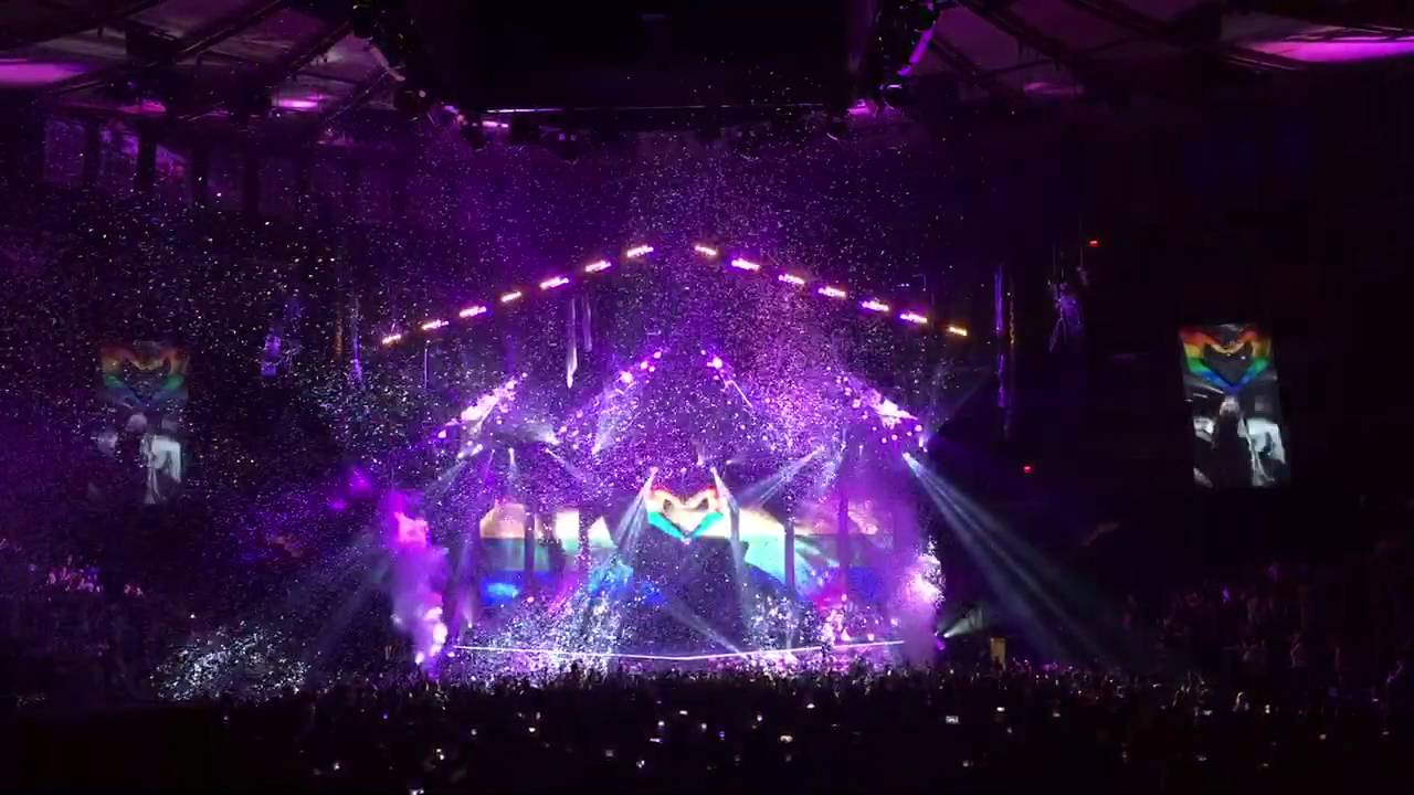 Ellie Goulding Love Me Like You Do clip Madison Square Garden 21