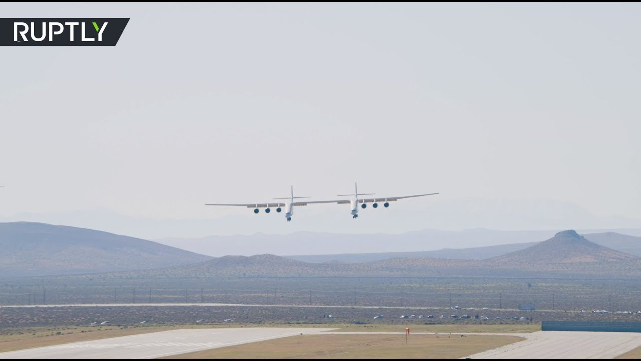 First flight of world's largest aircraft
