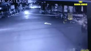 Video Kecelakaan maut di jember,,#ngeri download MP3, 3GP, MP4, WEBM, AVI, FLV Juni 2018