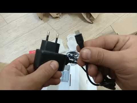 Розпаковка телефон Fly Ff249 Black від магазину Розетка