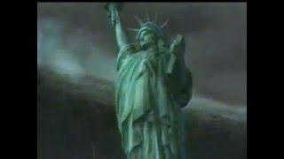 Цунами накрывает Нью-Йорк - впечатляющая мощь стихии