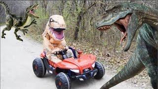 Життя-розмір гігантського динозавра Т-Рекса поганяє Рейнджер Аарон Юрського періоду пригоди з/ Діно іграшки Дитячі відео