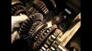 Обзор всех узлов и механизмов коробки передач трактора т-25(ВТЗ)