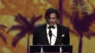 Johnny Depp Thanks Wife Amber Heard For Putting Up With Him   Palm Springs Film Festival 2016